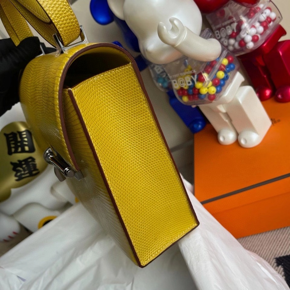 Hermès(爱马仕)Verrou 21cm  Lizard 进口亮面蜥蜴 9R柠檬黄 Lime 银扣 顶级手缝 定制