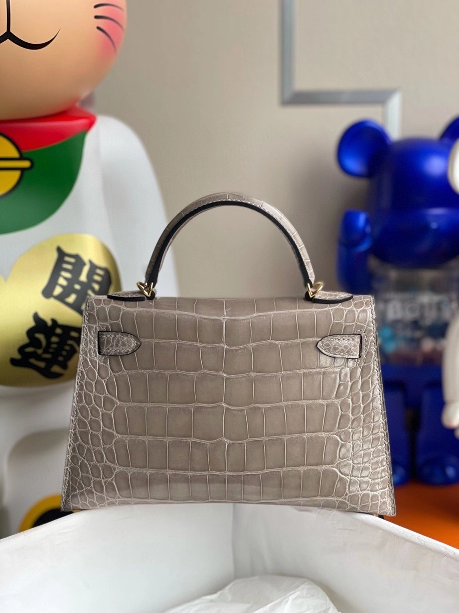 Hermès(爱马仕)Minikelly ll Alligator shiny 亮面鳄鱼 ck81 斑鸠灰 金扣 顶级手缝 现货