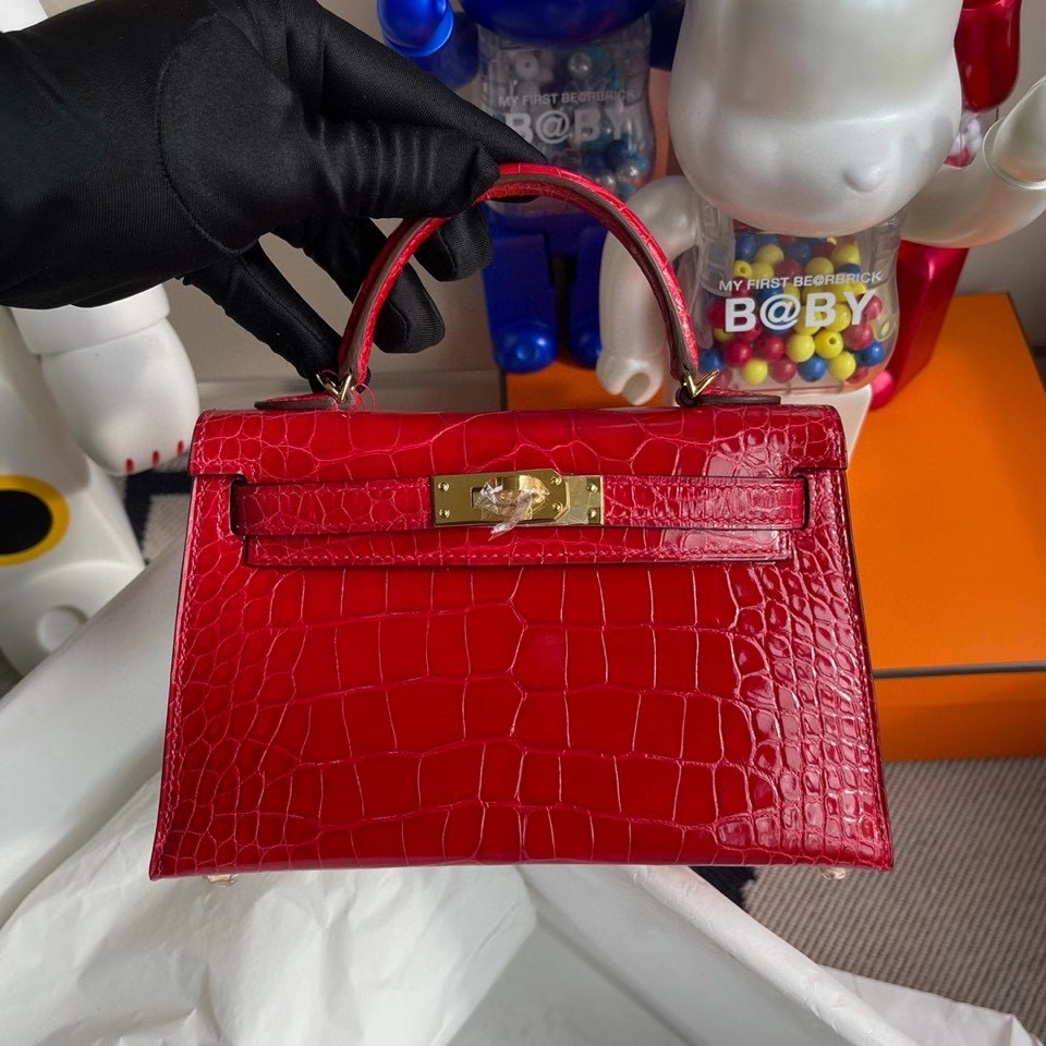 Hermès(爱马仕)Minikelly ll Alligator shiny 亮面鳄鱼 Q5国旗红 金扣 顶级手缝 现货