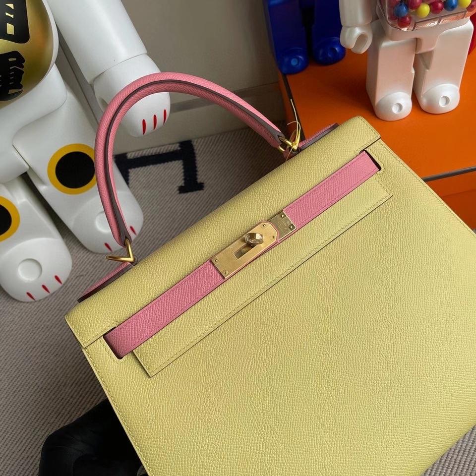 Hermès(爱马仕)kelly 28cm Epsom 原厂掌纹皮 1Z 小鸡黄拼1Q奶昔粉 拉丝金扣 马蹄印 顶级手缝