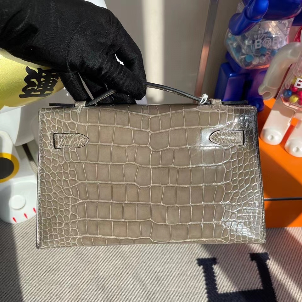 Hermès(爱马仕)Mini kelly pochette 22cm Alligator shiny 亮面鳄鱼 ck81 斑鸠灰 银扣 顶级手缝 晚宴包