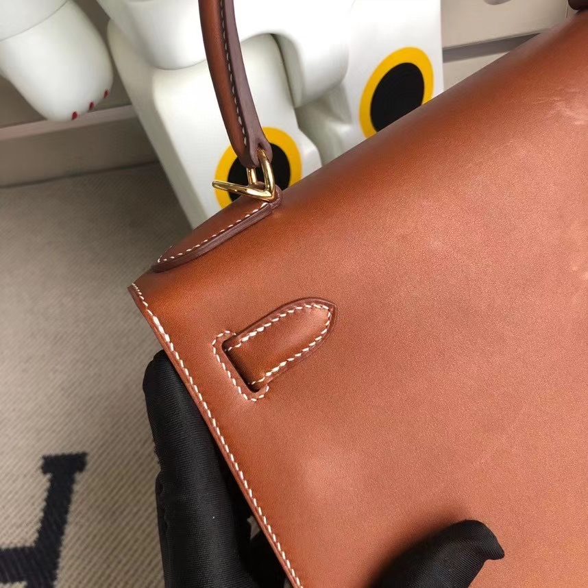 Hermès(爱马仕)Kelly 凯莉包 马鞍皮 金棕色 金扣 28cm 顶级手缝 现货