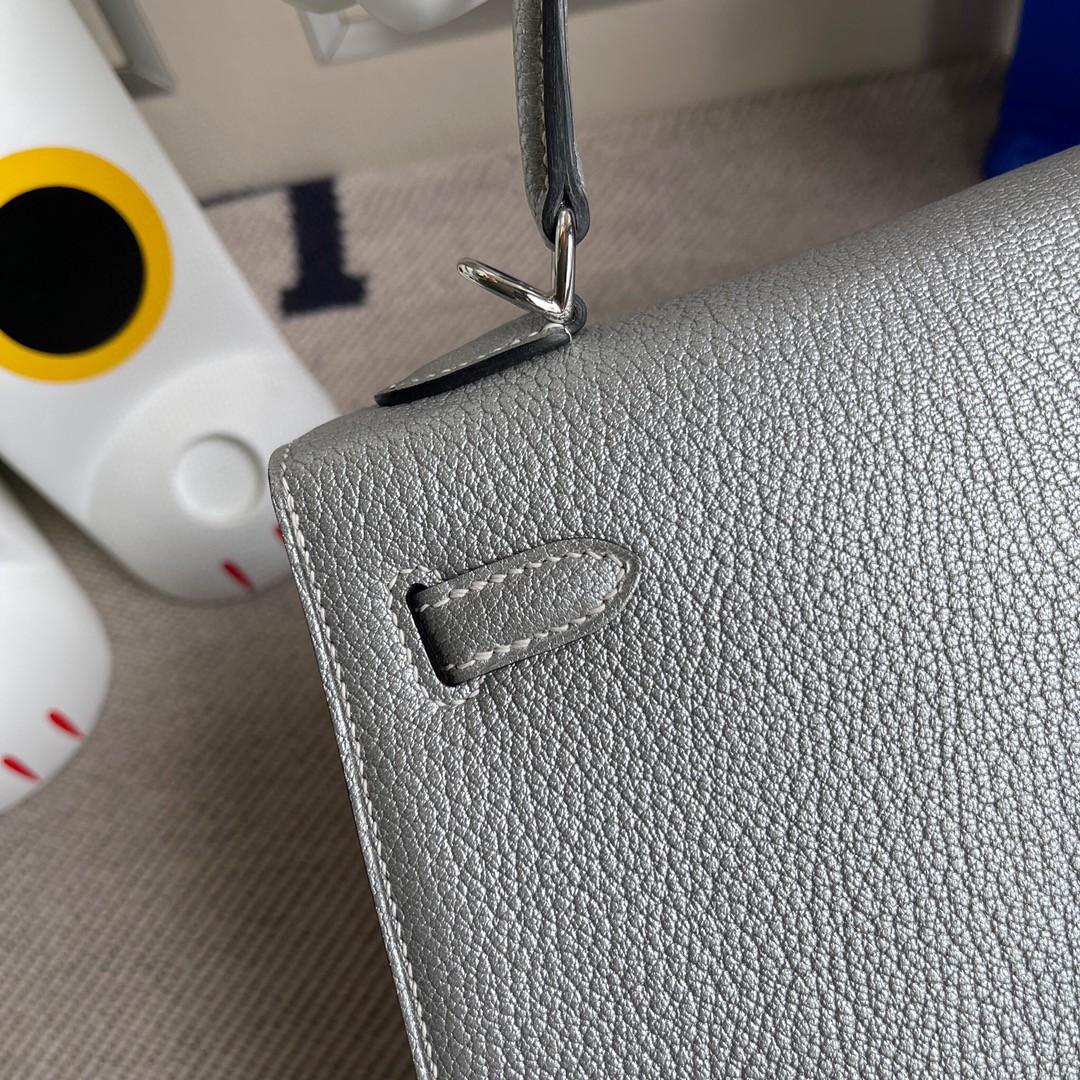 Hermès(爱马仕)Kelly 凯莉包 山羊皮 Chevre 银色 银扣 25cm 顶级手缝 超美