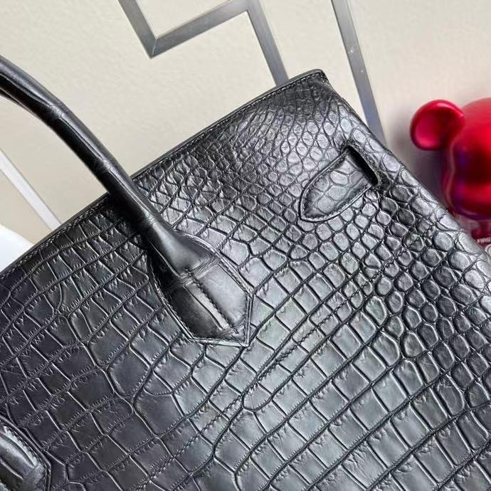 Hermès(爱马仕)Birkin 铂金包 HAC 雾面澳洲湾鳄 ck89 黑色 Noir 银扣 40cm 顶级手缝 难得大皮