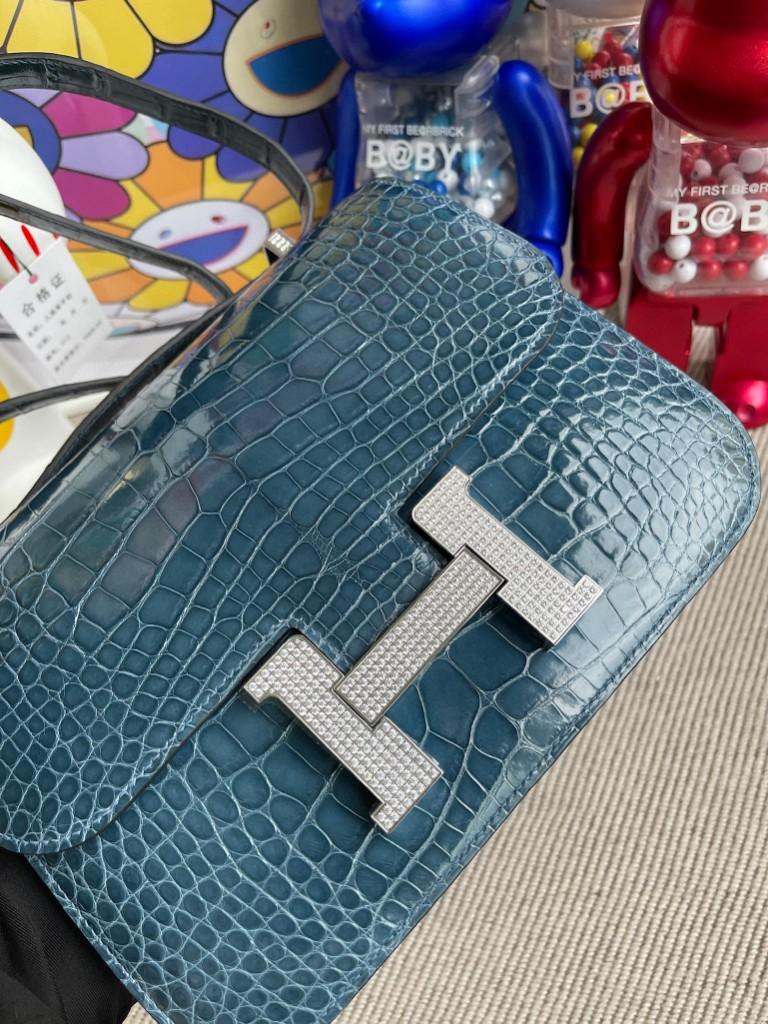 Hermès(爱马仕)Constance 空姐包 Alligator shiny 亮面鳄鱼 1p鸭子蓝  钻扣 24cm 定制