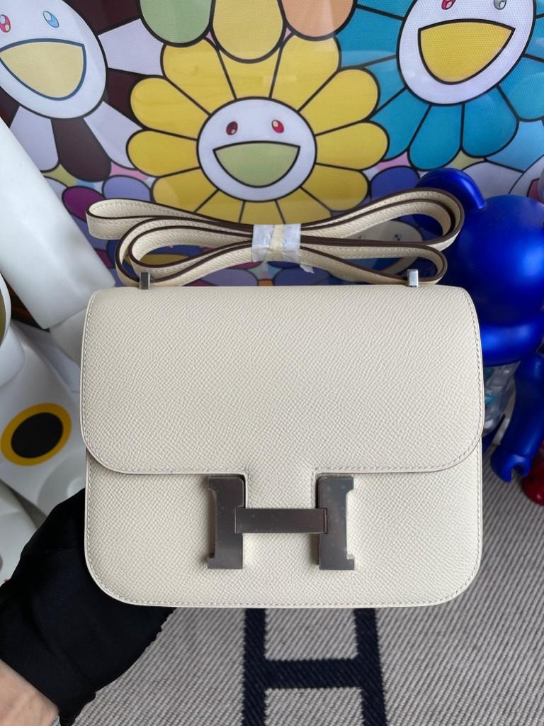 Hermès(爱马仕)Constance 空姐包 Epsom 原厂掌纹皮 I2 nata 奶油白 银扣 18cm 顶级手缝