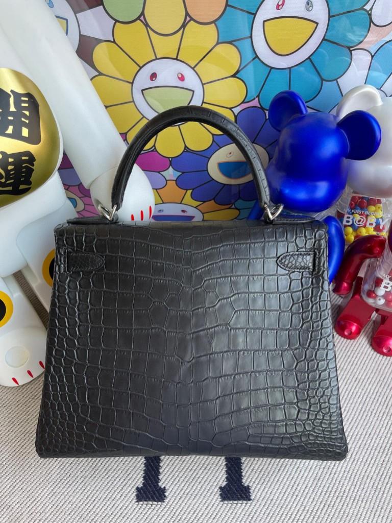 Hermès(爱马仕)Kelly 凯莉包 Porosus matt 雾面鳄鱼 ck89 黑色 Noir 内拼玉兰粉 银扣 28cm