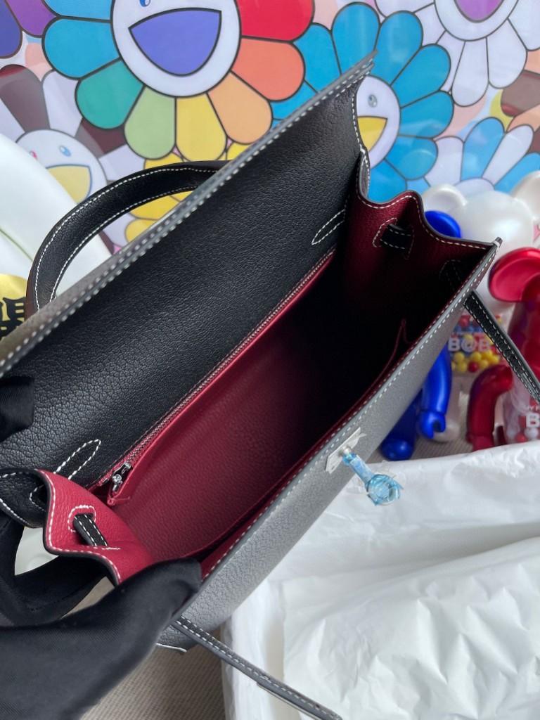 Hermès(爱马仕) Kelly 凯莉包 Chevre 山羊皮 ck89 黑色 内拼 k1 石榴红 白色线 马蹄印 25cm