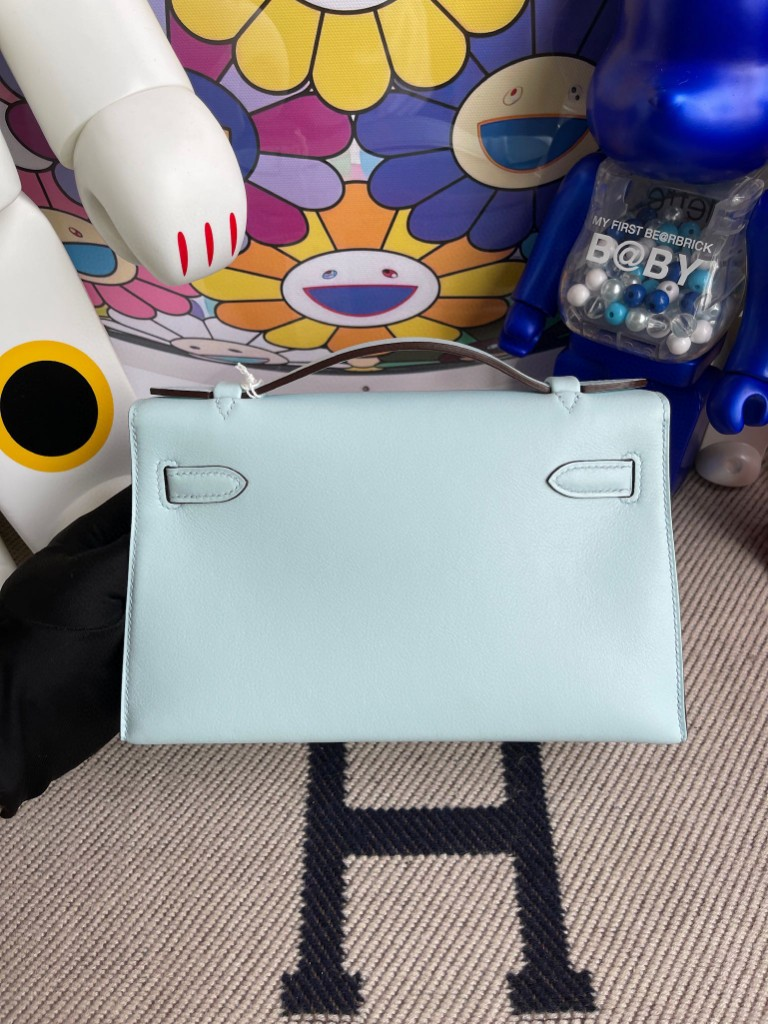 Hermès(爱马仕)Mini kelly pochette Swift T0 雾蓝色 金扣 22cm 手拿包 晚宴包