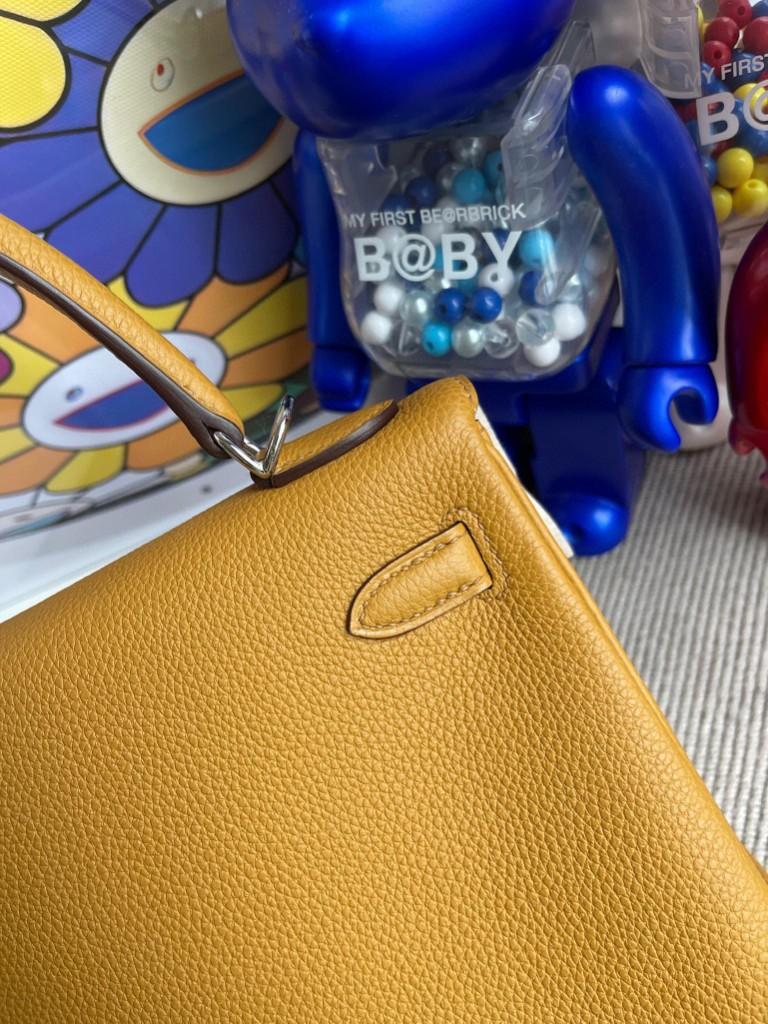 Hermès(爱马仕)Kelly 凯莉包 原厂小牛皮 togo 2S 芝麻色 Sesame 银扣 25cm 顶级手缝