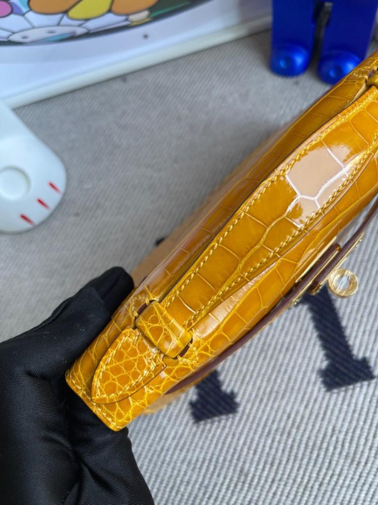 Hermès(爱马仕)Mini kelly pochette Alligator shiny 亮面鳄鱼 9D 琥珀黄 Ambre 金扣 22cm 顶级手缝