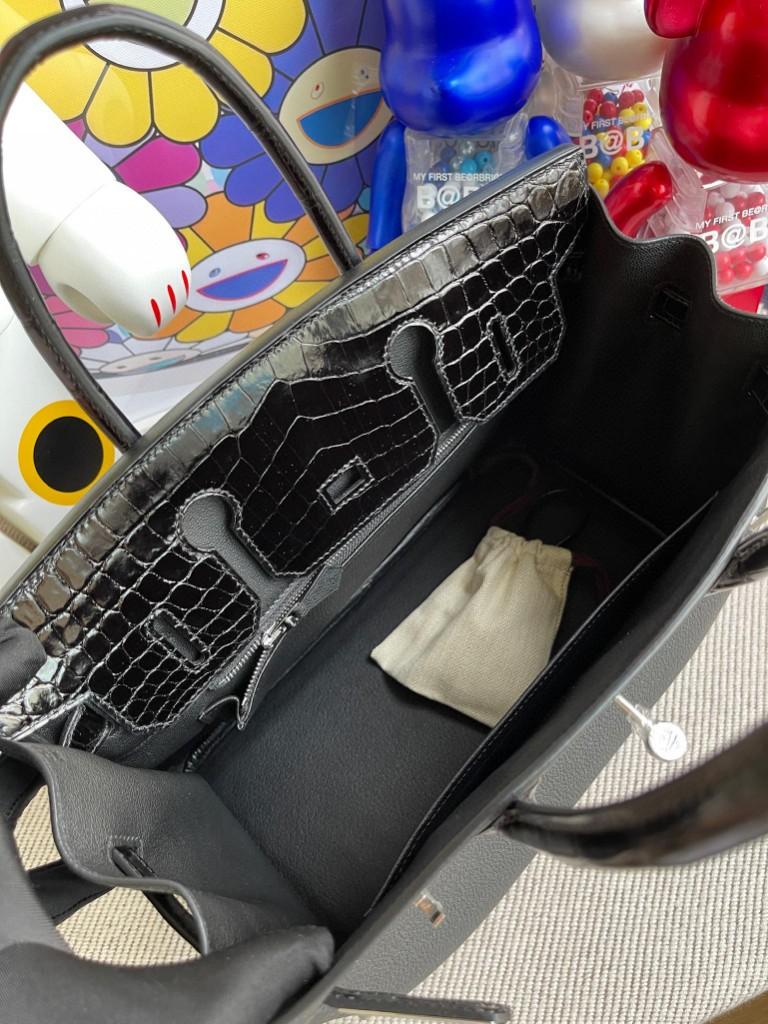 Hermès(爱马仕)Touch 系列 Birkin 铂金包 黑色 亮面两点鳄鱼 银扣 30cm 顶级手缝