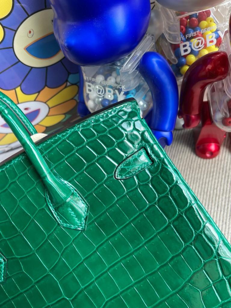 Hermès(爱马仕)Birkin 铂金包 Crocodile shiny 亮面鳄鱼 6Q翡翠绿 金扣 25cm 顶级手缝 定制