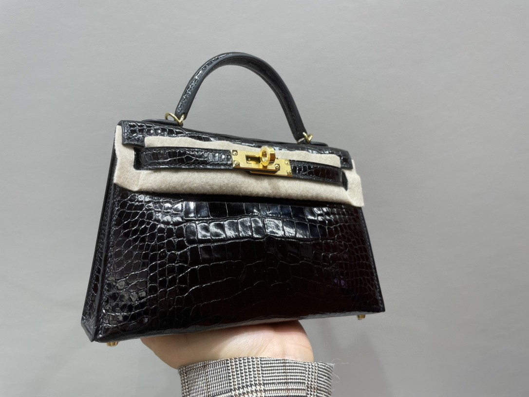 Hermès(爱马仕)Mini kelly ll Alligator shiny 亮面鳄鱼 ck89 黑色 Noir 金扣 顶级手缝 现货