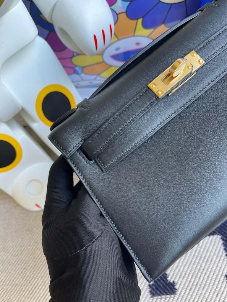 Hermès(爱马仕)Mini kelly pochette Swift 皮 ck89 黑色 Noir 金扣 22cm 手拿包 晚宴包