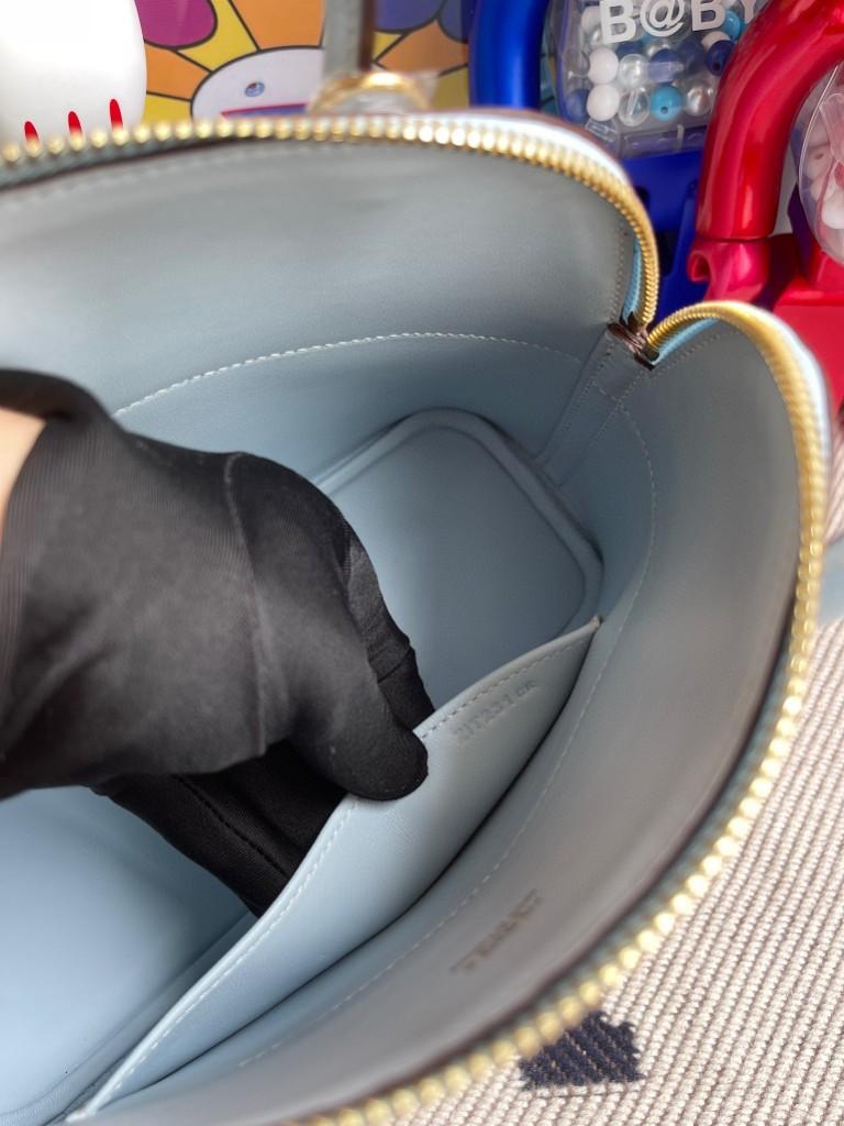Hermès(爱马仕)Bolide 保龄球包 Epsom 原厂掌纹皮 T0 雾蓝色 金扣 27cm 顶级手缝