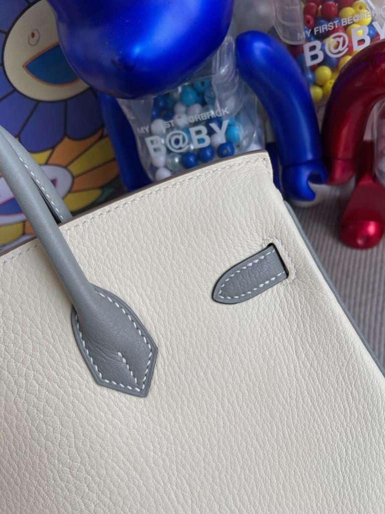 Hermès(爱马仕)Birkin 铂金包 Chevre 山羊皮 奶白 拼 杏绿色 磨砂银扣 马蹄印 25cm 顶级手缝