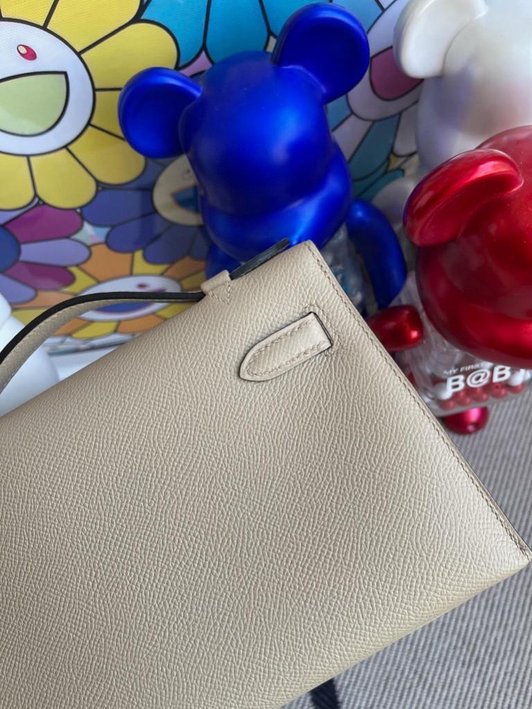 Hermès(爱马仕)Mini kelly pochette Epsom 原厂掌纹皮 S2 风衣灰 Trench 金扣 22cm 顶级手缝 手拿包