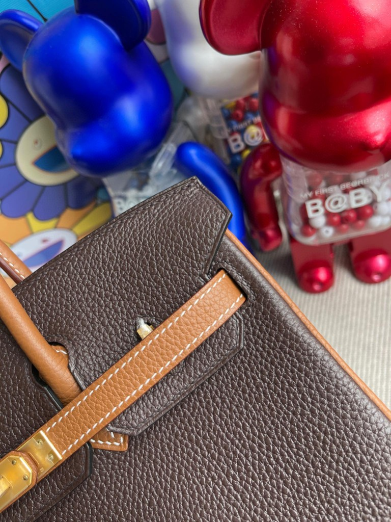 Hermès(爱马仕)Birkin 铂金包 原厂小牛皮 togo 乌木色 拼 金棕色 金扣 马蹄印 25cm