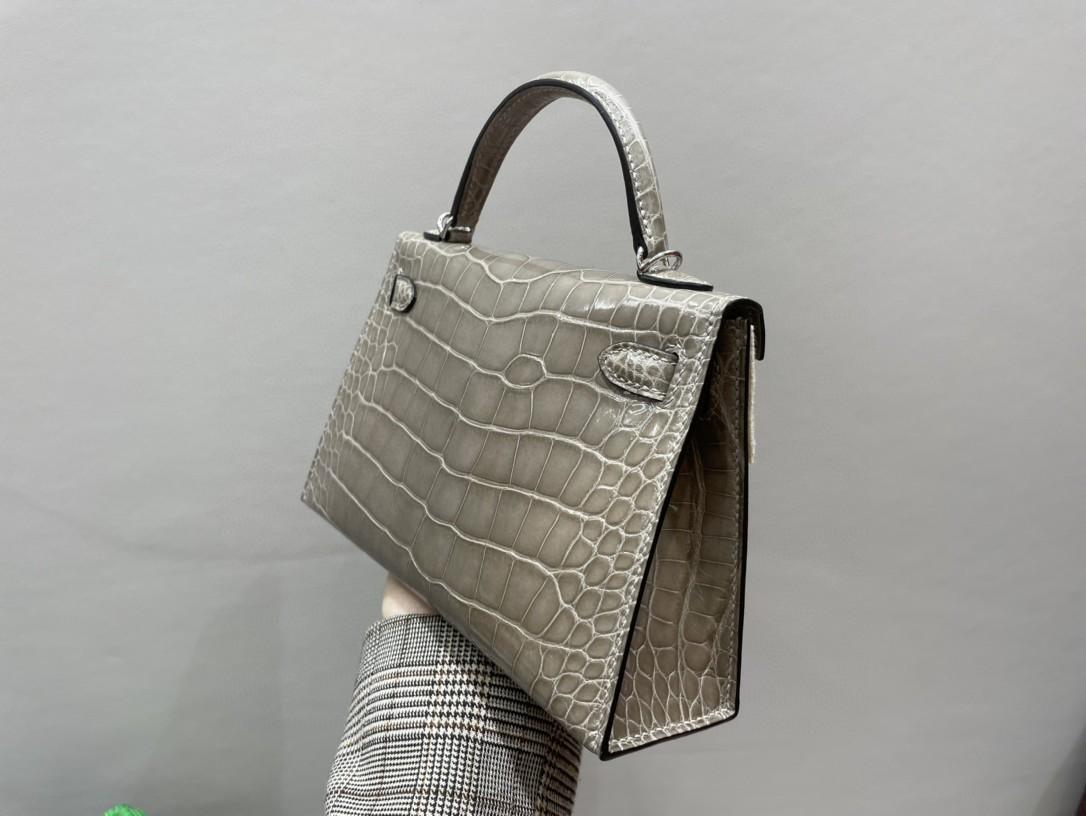 Hermès(爱马仕)Mini kelly ll Alligator shiny 亮面鳄鱼 ck81 斑鸠灰 银扣 顶级手缝 现货