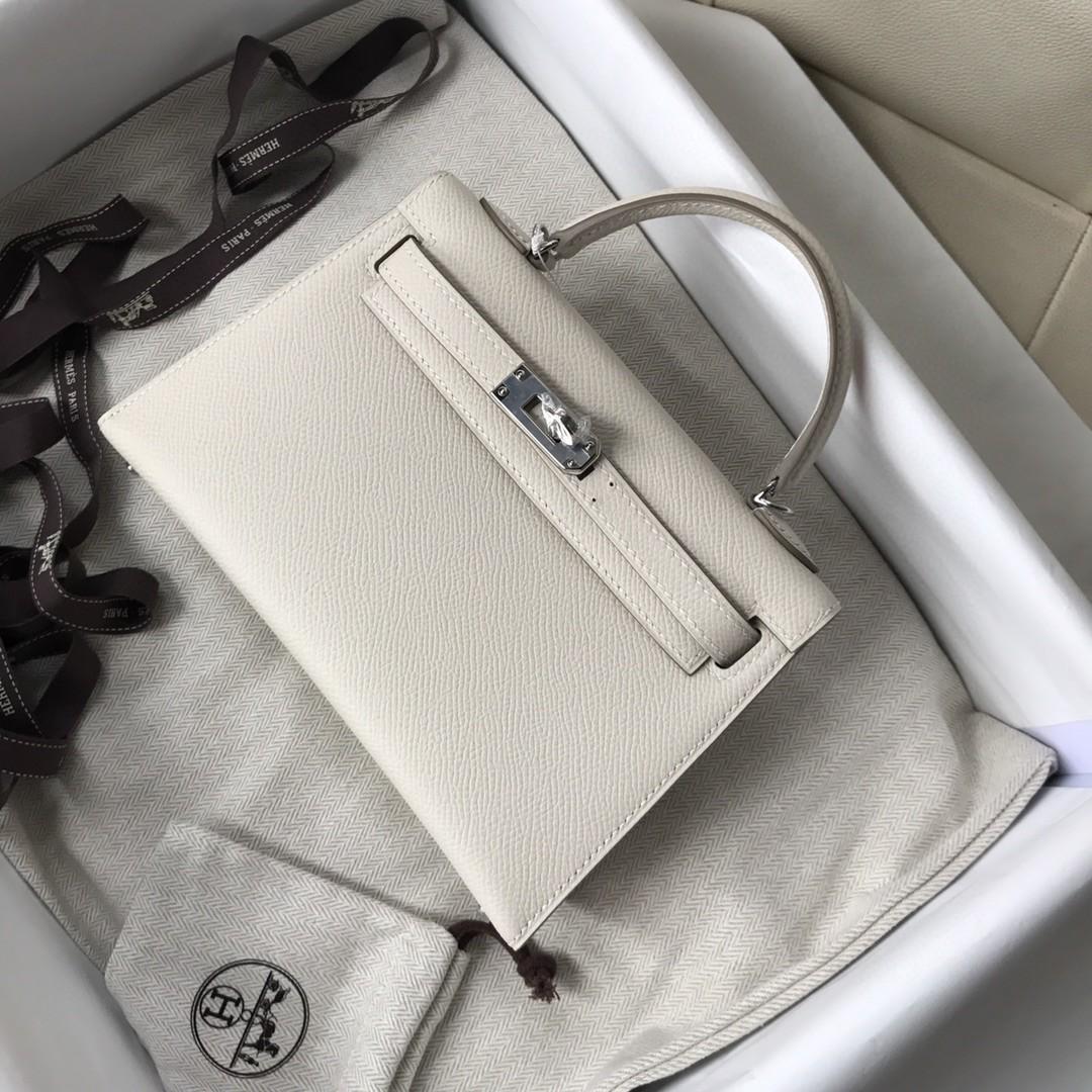 Hermès(爱马仕)Minikelly ll Epsom 原厂掌纹皮 ck10 奶昔白 Craie 银扣 现货