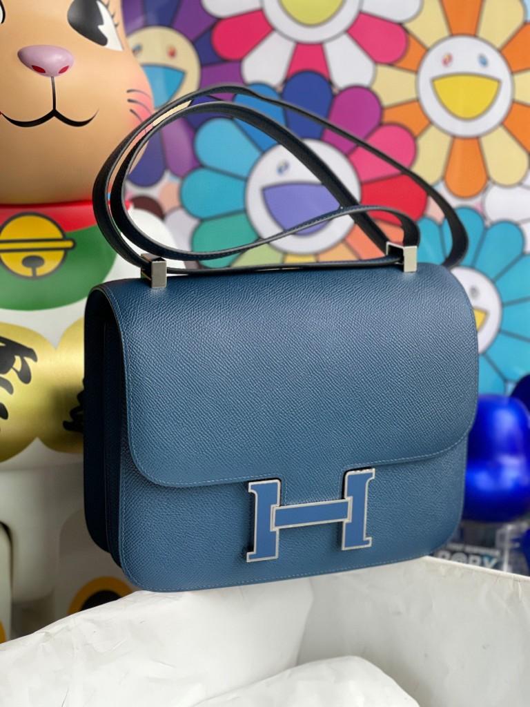 Hermès(爱马仕)Constance 空姐包 epsom 原厂掌纹皮 S4 深邃蓝 珐琅扣 银扣 24cm 顶级手缝