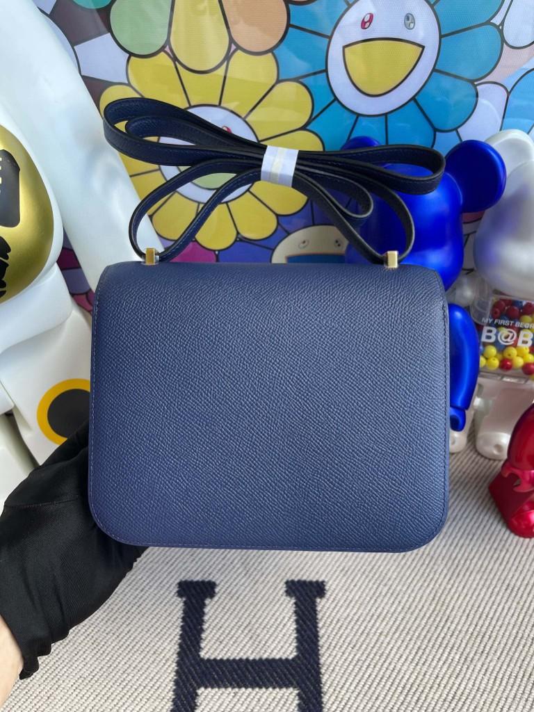 Hermès(爱马仕)Constance 空姐包 Epsom 原厂掌纹皮 宝石蓝 Blue saphir 金扣 18cm 顶级手缝