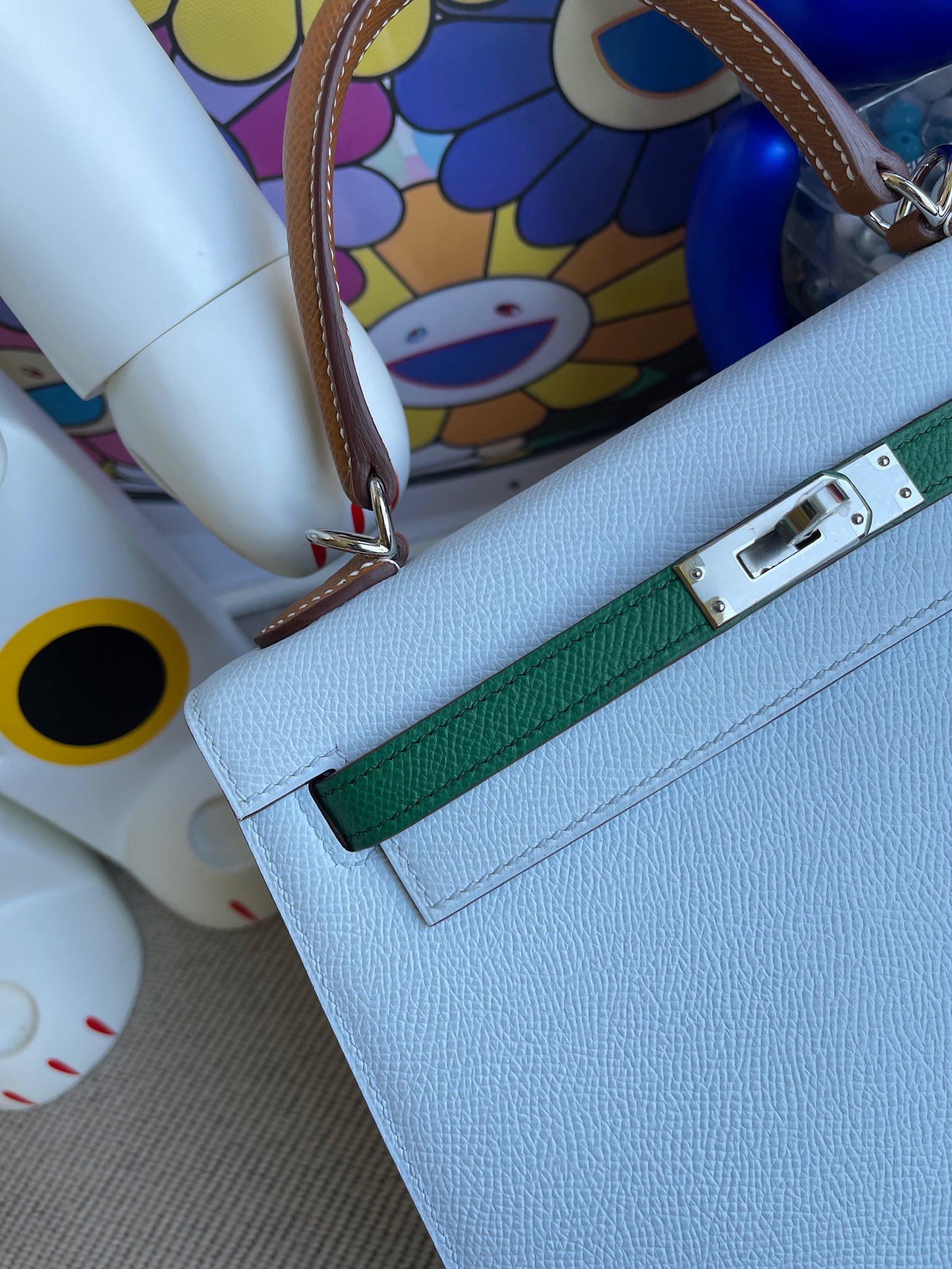 Hermès(爱马仕)Kelly 凯莉包 Epsom 原厂掌纹皮 雾蓝色 拼 丝绒绿 拼 金棕 银扣 25cm 马蹄印 顶级手缝