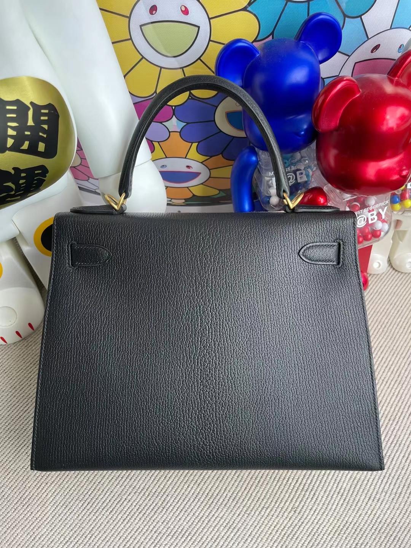 Hermès(爱马仕)Kelly 凯莉包 Chevre 进口山羊皮 Ck89 黑色 内拼 i6 极致粉 磨砂金扣 28cm