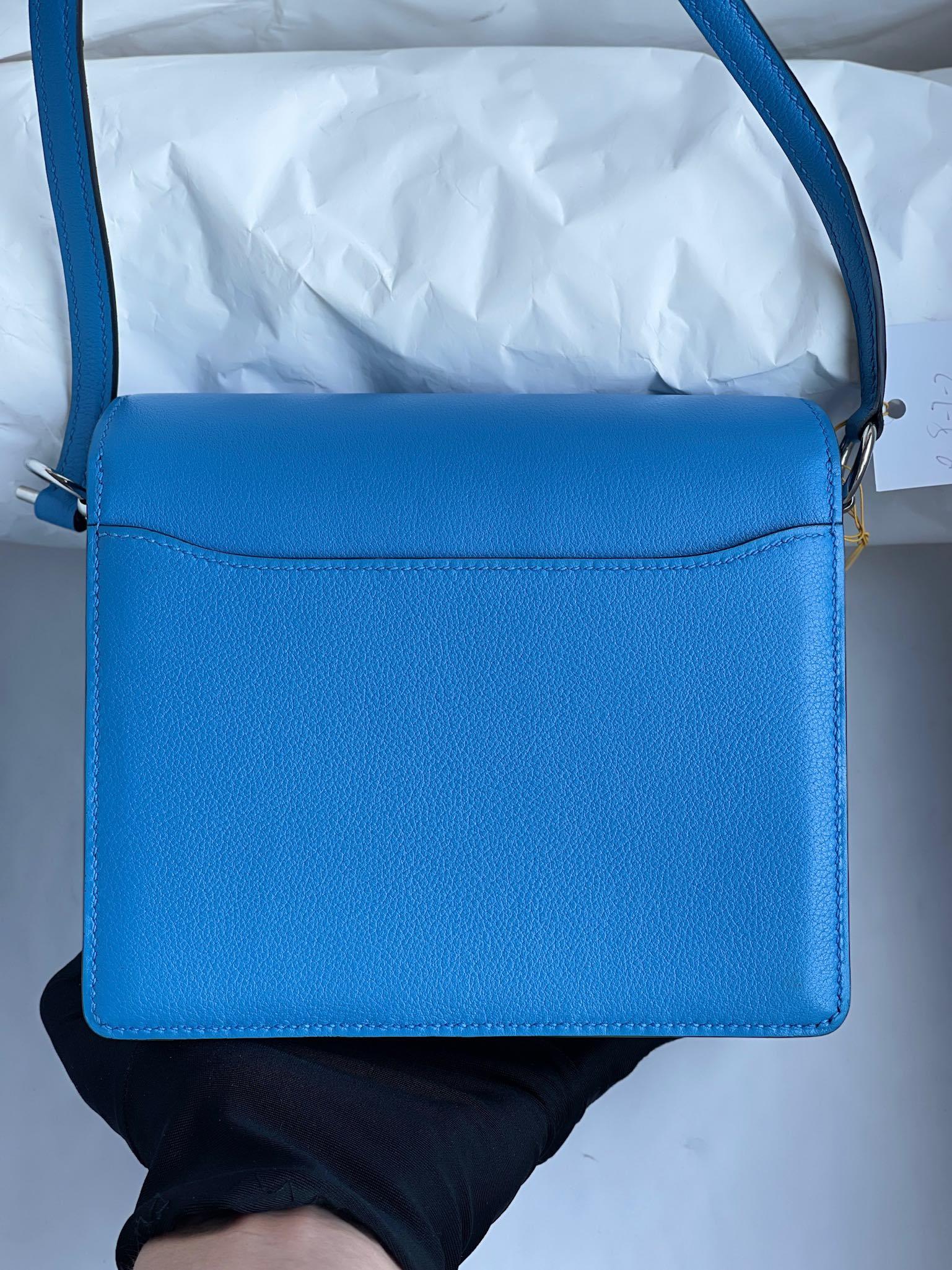Hermès(爱马仕)Roulis 猪鼻子 evecolor 水妖蓝 内拼 心红色 银扣 18cm 顶级手缝