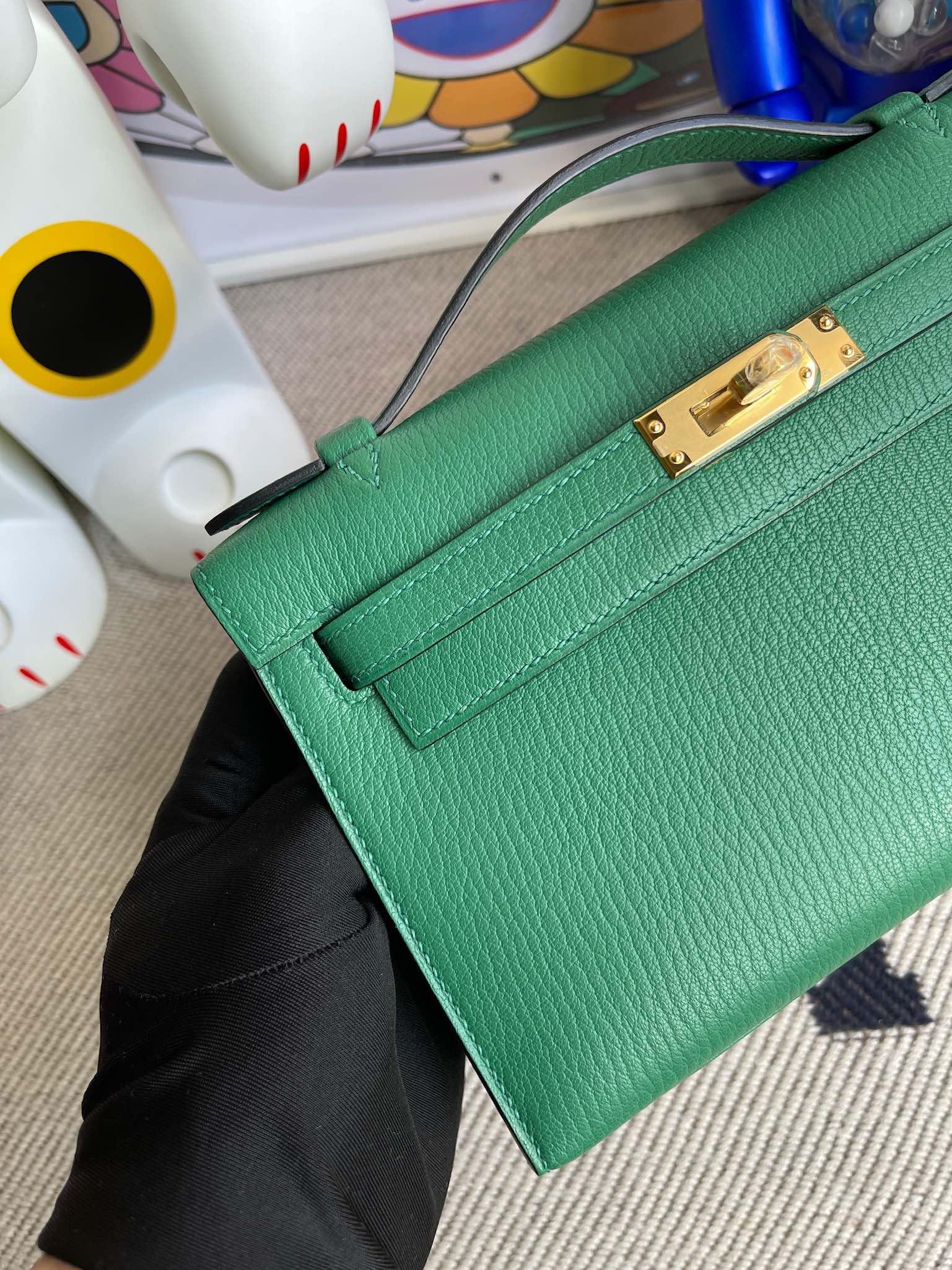 Hermès(爱马仕)Mini kelly pochette Chevre 山羊皮 U4 丝绒绿 vert verigo 金扣 22cm 顶级手缝