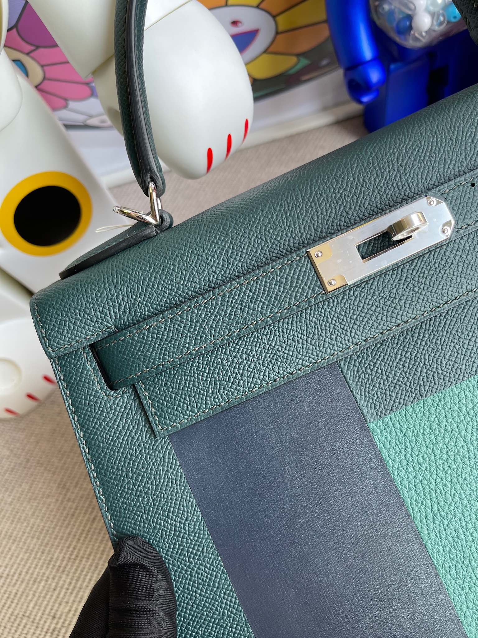Hermès(爱马仕)Kelly 凯莉包 Epsom 字母包H 柏树绿 银扣 28cm 顶级手缝