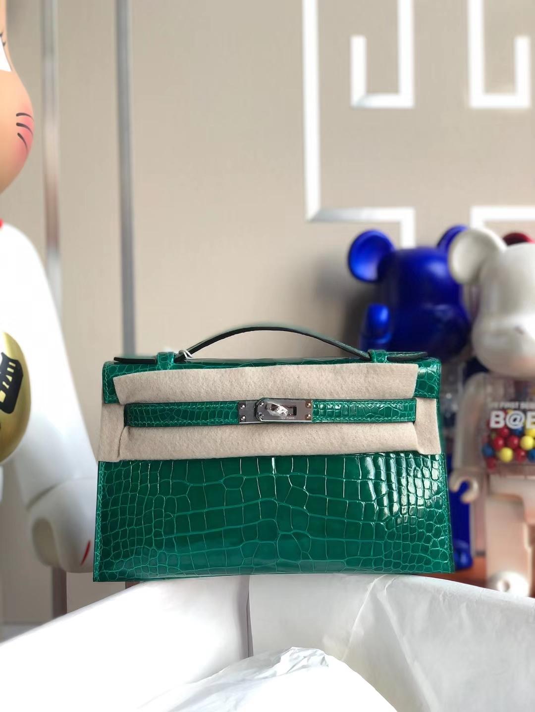 Hermès(爱马仕)MiniKelly Pochette 亮面方块鳄 6Q 翡翠绿 Shiny Alligator Crocodile Phw 银扣 22cm