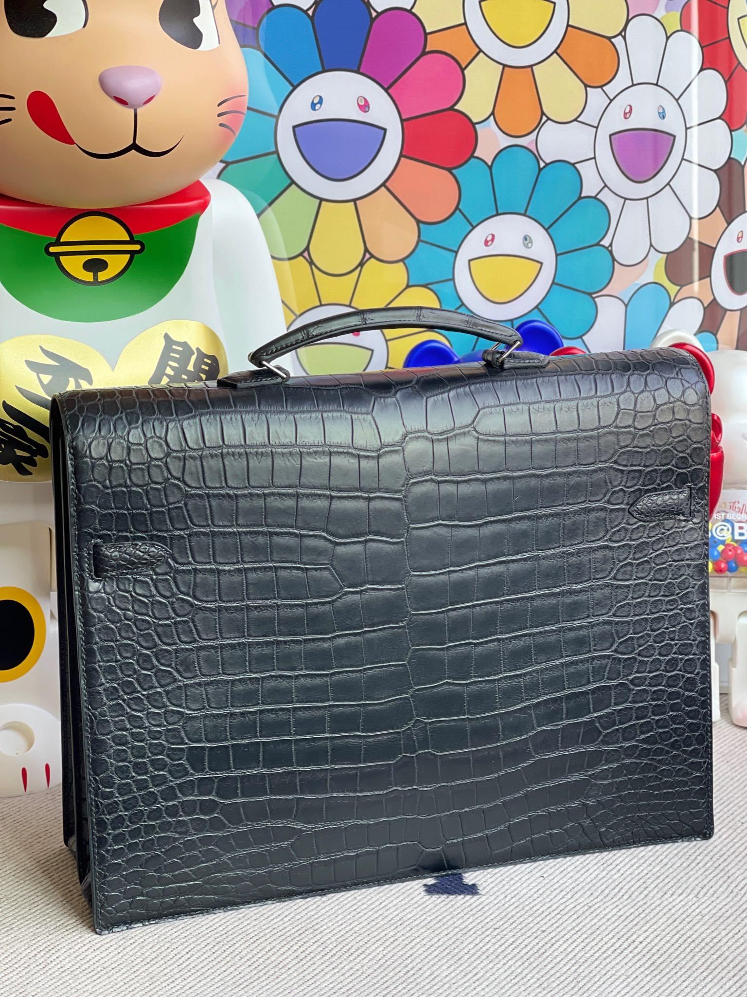 Hermès(爱马仕)Kelly depeche porosus matt 雾面鳄鱼 ck89 黑色 Noir 银扣 38cm 顶级手缝