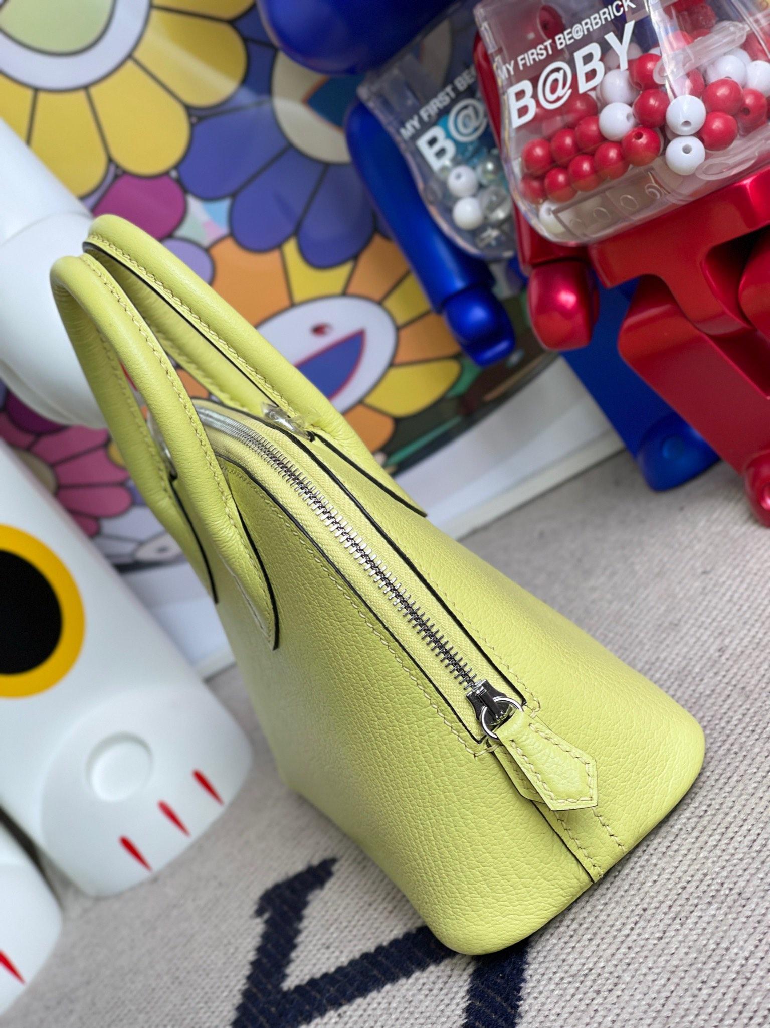 Hermès(爱马仕)Mini bolide 迷你保龄球包 chevre 山羊皮 R9 嫩芽绿 银扣 顶级手缝