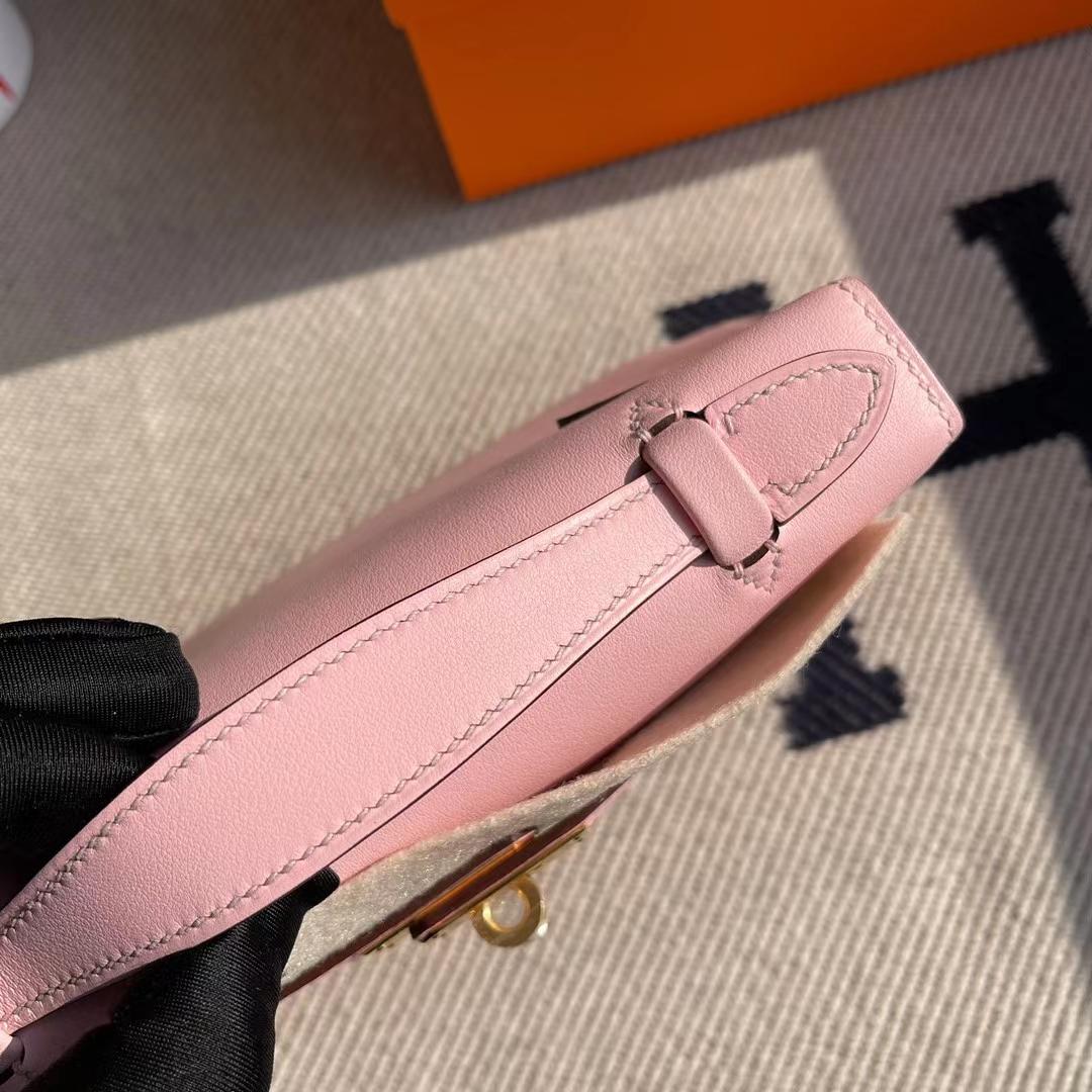 Hermès(爱马仕)MiniKelly Pochette Swift 进口平纹皮 3Q 水粉色 金扣 22cm