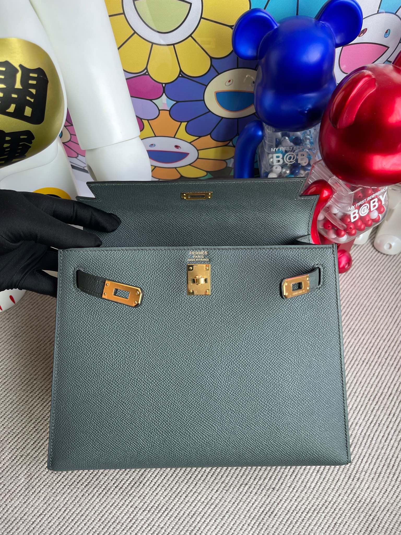 Hermès(爱马仕)Kelly 凯莉包 Epsom 原厂掌纹皮 cc63 杏绿色 金扣 25cm 顶级手缝